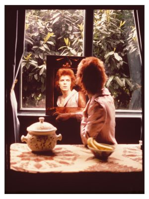 Bowie In The Mirror