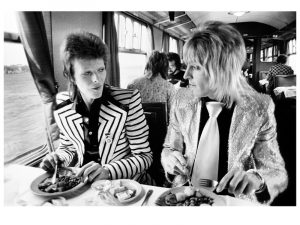 Bowie Eating Lunch